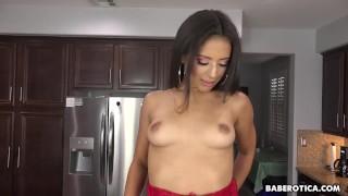 Horny Jynx Maze toys her ass with a dildo solo