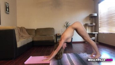 Deep Pussy Fingering NAKED YOGA Molly Pills Perfect Body Homemade Fun