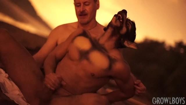 gay man Interactive whore flash porn