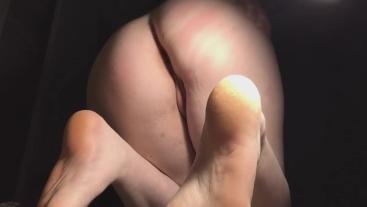 Teen slut shows off her cute feet and fingerfucks herself.