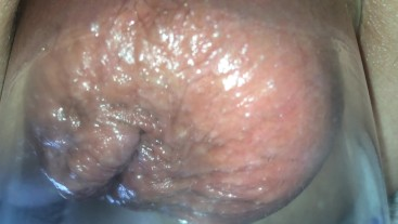 after 5 min of anal pumping close up