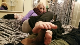 Rolling a blunt while she give me a footjob