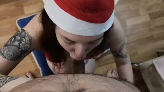 Morning Sex With Christmas Elf - Amateur Creampie 19