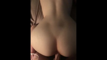 Girlfriends Ass Ripples As She Cums