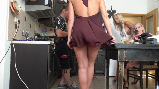 Porn feet behind head - No panties bare ass ventilator this is for upskirt candid voyeur lovers