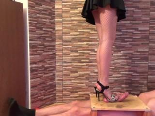Hartes High Heel Trampling
