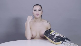 Porn Stars Eating: Cassandra Cain Crunches Popcorn