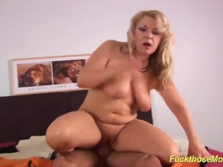 chubby mom rough fucked by her toyboy