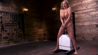 Richelle primes her pussy with a powerful ride on the sybian