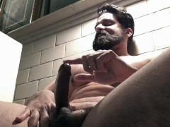 HOT! Uncut Beard Muscle Flexing - No Cum