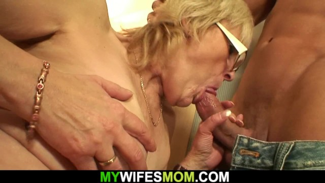 Babička zralé porno