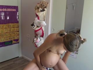 Young pregnant schoolgirl masturbates rag...