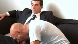 Real French str8 salesman serviced in a gay porn in spite of him
