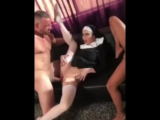 Nikita Mirzani - Brad Newman fucks Jessica James and September Reign dressed as nuns