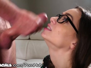 1000Facials Nerdy College Teen Wants Ur Load On Her Glasses!