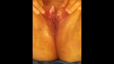 Native Bbw Squirt that wet wet  (solo orgasm)