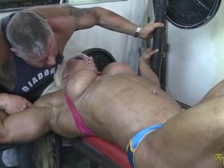 Muscular gets a cum shot...