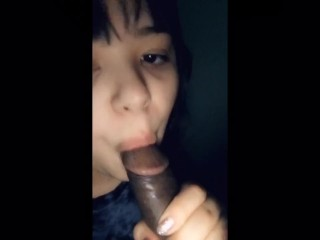 Sucking a big dick