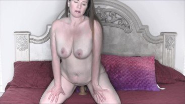 Bouncing Up and Down On My Dildo Til Orgasm
