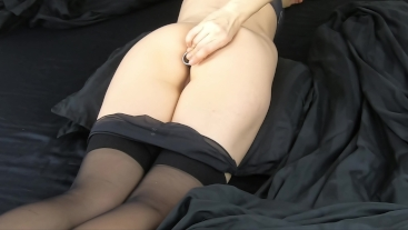 Mom inserting a Swarovski butt plug, barely get in to tight ass! 4K