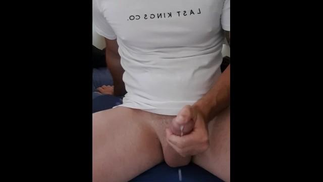 Download Gratis Video Nikita Stroking my big cock before work until I cum