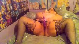 bbw kaylakilljoy playing with her pussy