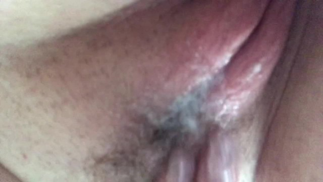 The creamiest pussy you'll ever see - you want to lick this up?
