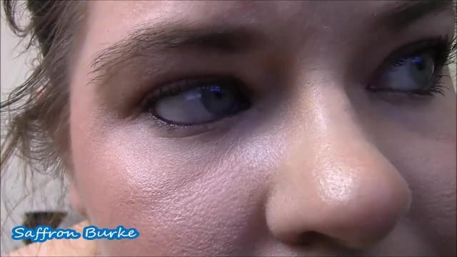 BBWs Gorgeous Green Eyes 8