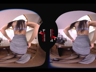 StockingsVR – Secretary Striptease makes you Hot Under the Collar