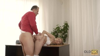 OLD4K. Innocent girl embarks spontaneous sex with mature neighbor