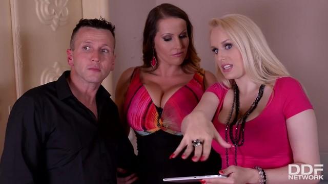 Curvy babes Laura Orsolya & Angel Wicky orgasm in threesome hardcore scene
