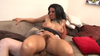Petite hairy pussy - Marie-Louise