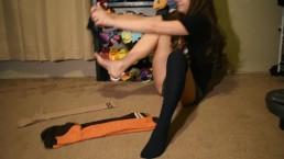 Amber Blank Show: Frigid girl sock haul