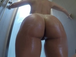 Playing with wifeys butt - Naughtysoulmates