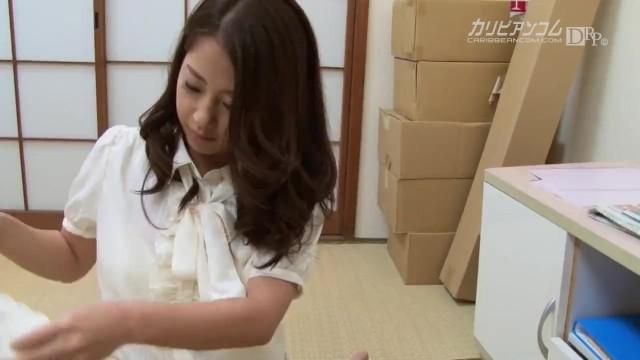 【無】欲求不満な巨乳人妻後編パート2SatomiSuzuki
