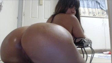 Fetish Boots, Big Booty and Oil
