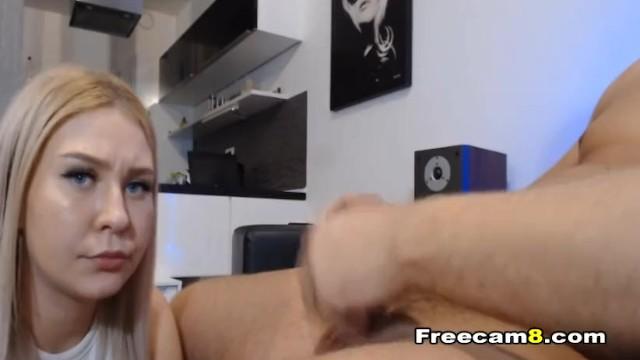 College Teen Gives her Boyfriend a Hot Blowjob 2