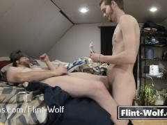 TEEN TWINK FUCKING BEAR IN COLLEGE DORM