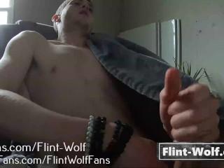 Boy filmed cumming onlyfans flint wolf...