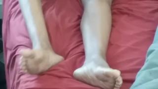 Ebony Legs On Cam ♡¿♡