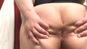 Putting a Buttplug in my Hairy Fat Ass