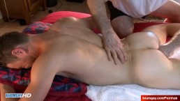 4 hands Ass massage to a straight dude in spite of him !