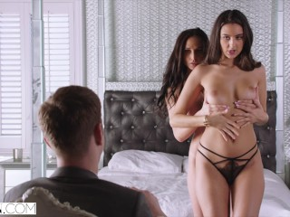 VIXEN Ariana Marie and Eliza Ibarra Love To Have Fun Together