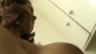 An Arousing Handjob With The New Lover