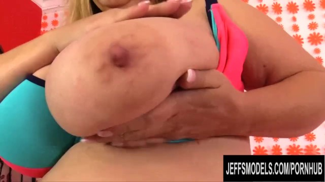 Fat Mature with Monster Tits Cami Cooper Pleasured by a Fucking Machine 8