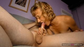 Versaute Oma treibt es mit Ihrem Nachbarn