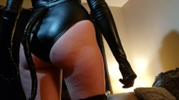 Young Milf in latex catwoman suit do a sloppy deepthroath blowjob gag spit