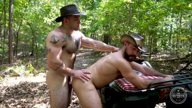 Bareback gay porn site Cowboys bareback - big bush men from the guy site