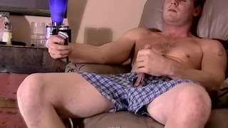 Jock amateur Keith jerking off and interracial blowjob Gaydom slave