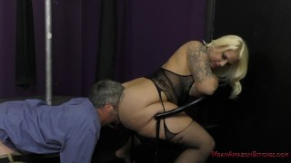 Big Ass Facesitting Lap Dance - Lucky B
